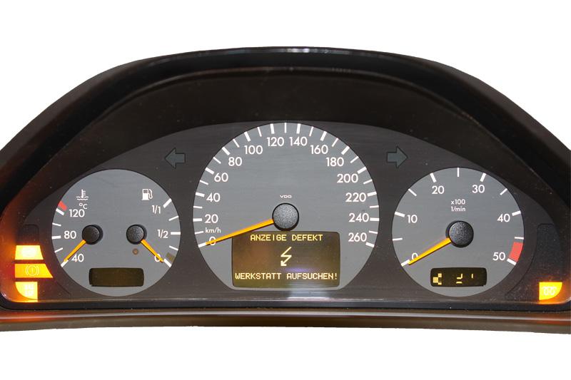 Mercedes E - Combined instrument repairs, Satellite